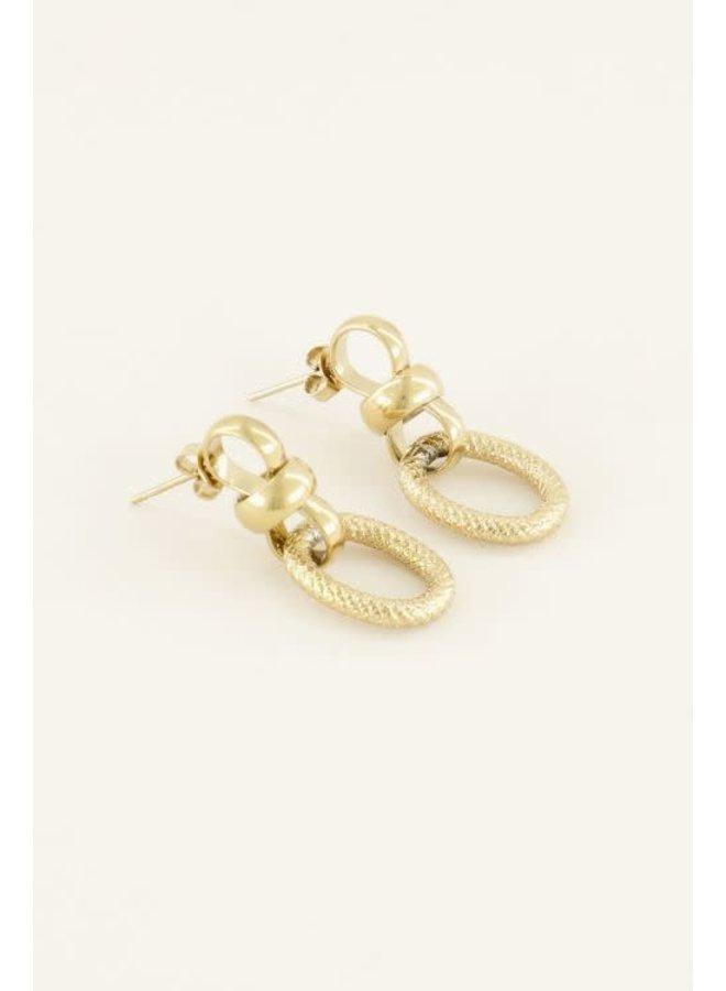 Ovale oorbellen met structuur / Goud