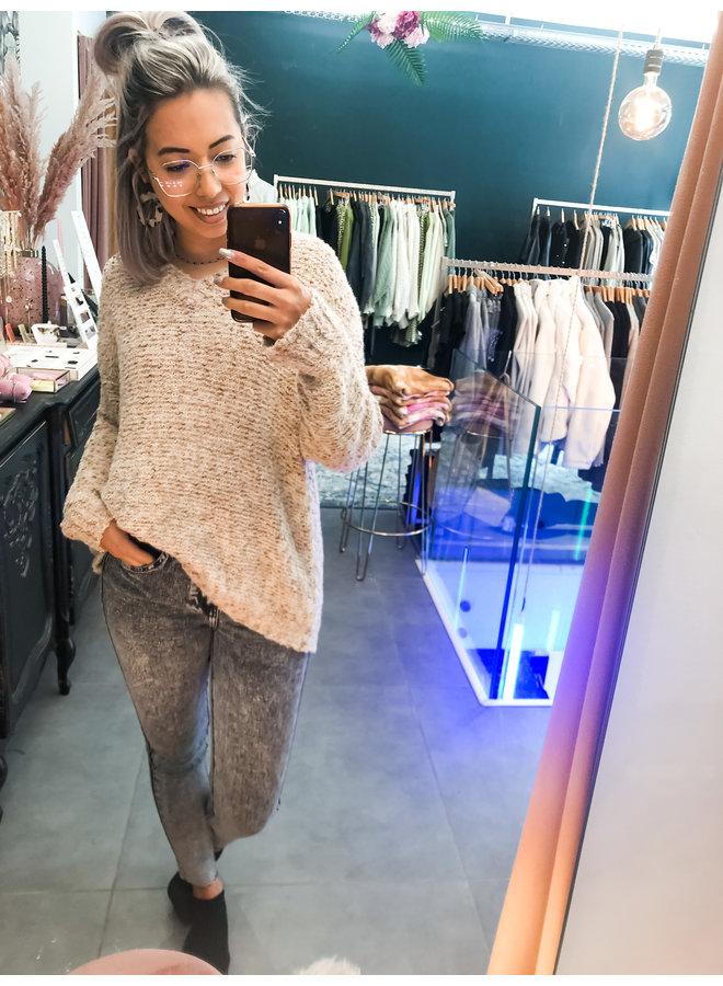 Sweater - Cinnamon / Brown