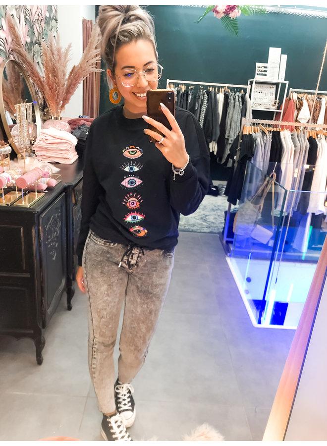 Sweater - Oversized Eyes / Black