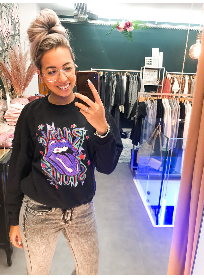 Sweater - Oversized Rolling Stone / Black & Purple
