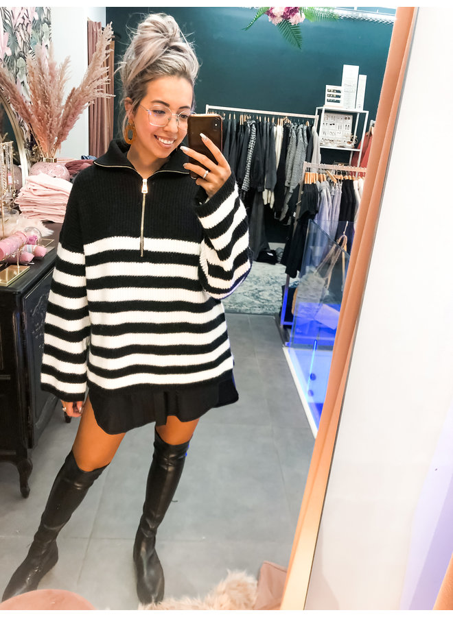 Sweater - Paris Stripe Zipper / Black & White