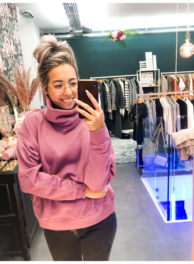 Sweater - Loose fit Turtle neck / Old Pink
