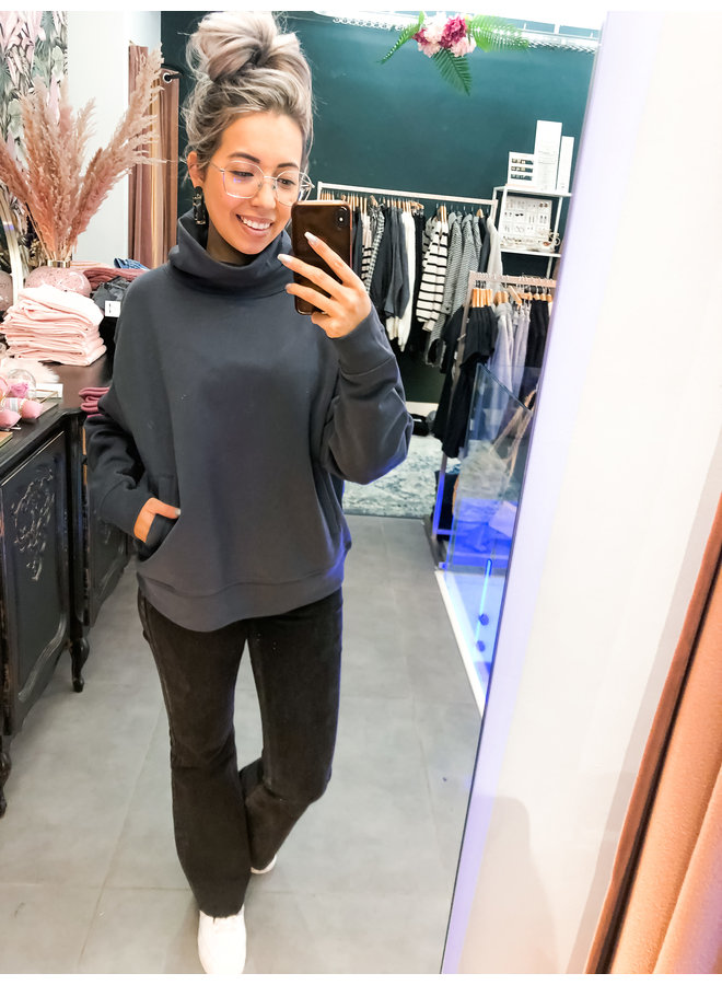 Sweater - Loose fit Turtle neck / Antracite - Grey