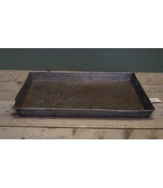 B518 - tray vierkant metaal