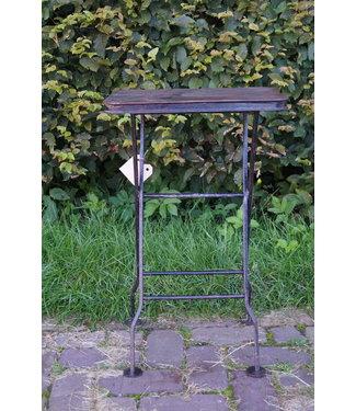 *Metalen tafeltje - krukje - 61 x 38 x 28 cm