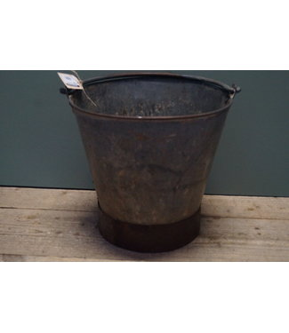 *Old iron bucket - 1