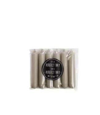# *B056 - Pakje met 6 kaarsjes van 2,1 x 12 cm - Linnen