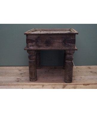 Oud houten bijzettafeltje - 2 - 45 x 45 x 45 cm