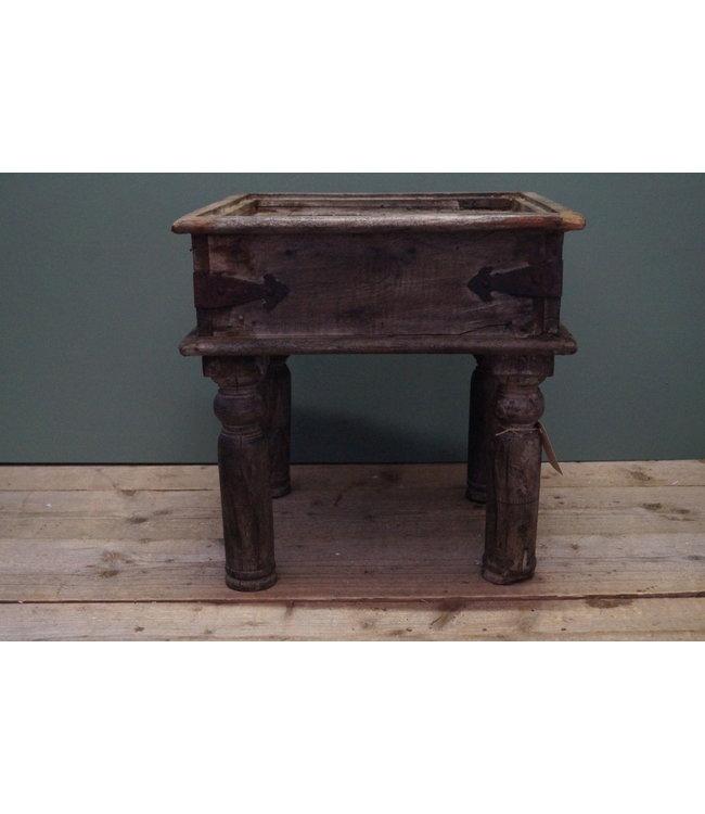 # Oud houten bijzettafeltje - 3 - 43 x 43 x 45 cm