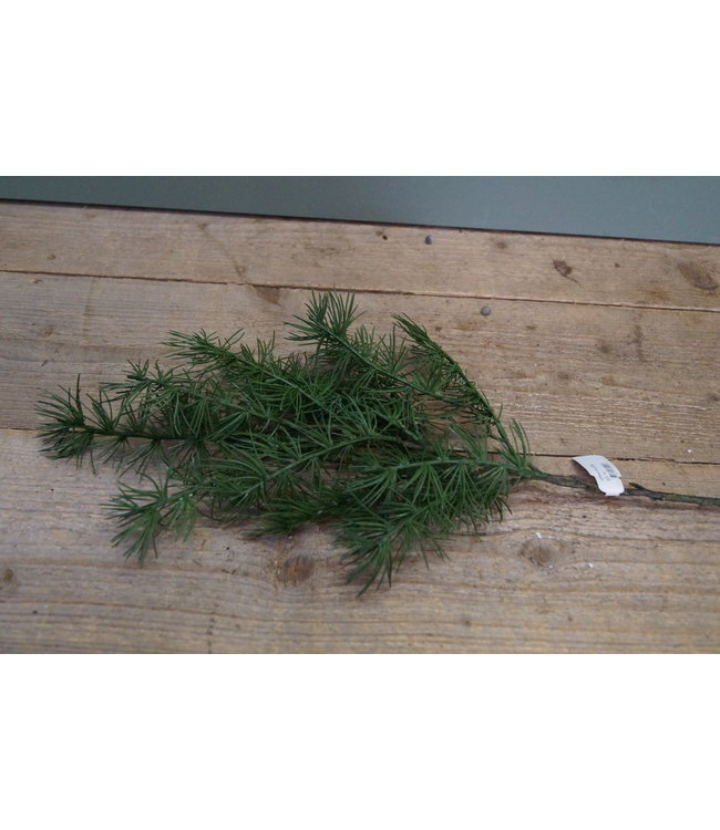*J226 - pine spray kunst - 69 cm