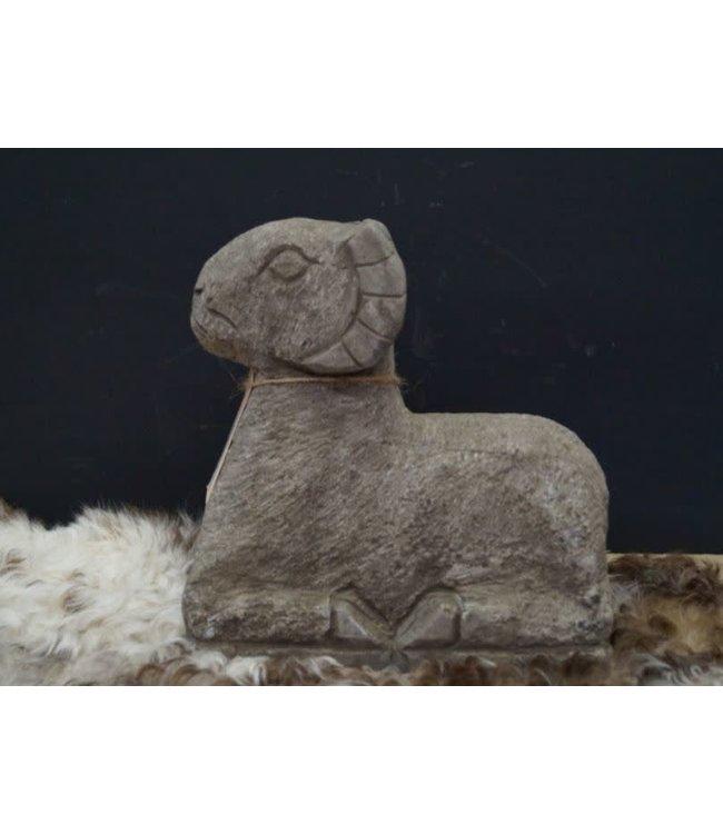Q364 - Ram L - natuursteen - (alleen afhalen/wordt niet verzonden)25 x 10 x 25 cm