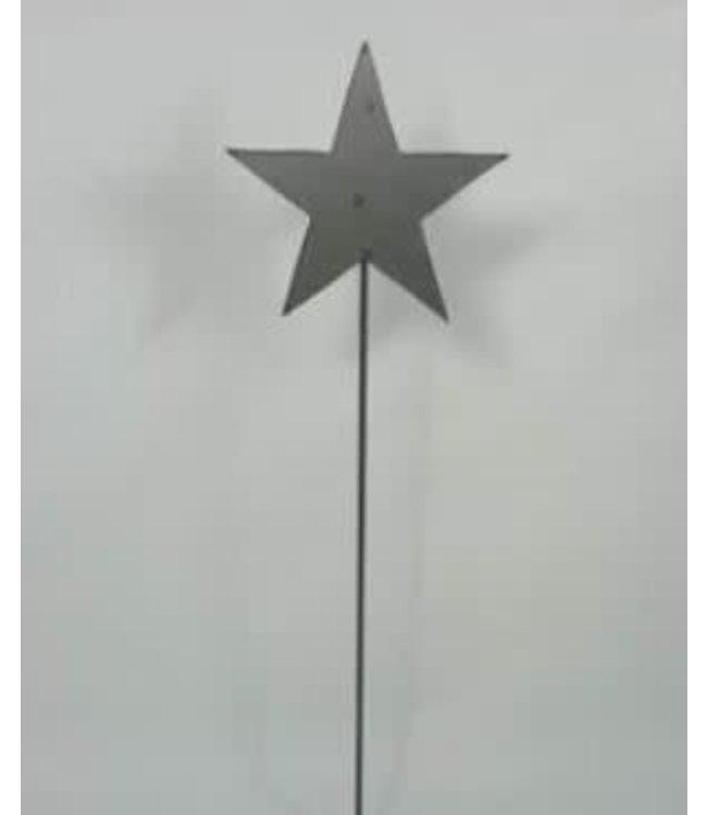 *Metalen ster op staaf en vierkante voet - 80 cm hoog