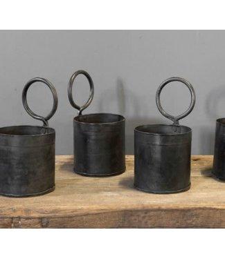 # B388 - planter -oude fleshouder - metaal - zwart - 11 x 11 x 20 cm (incl. ring van 9 cm)- per stuk