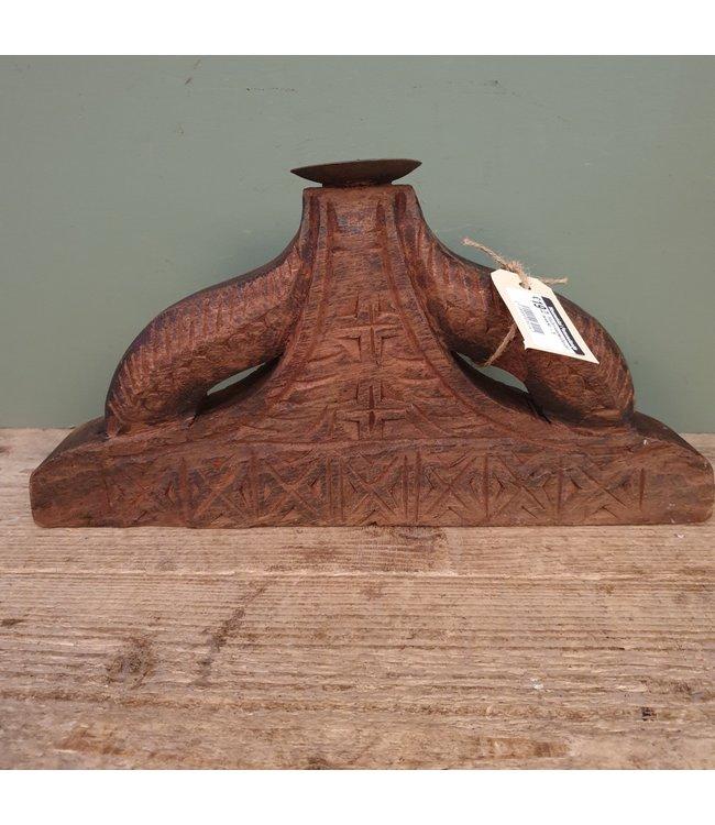# Houten kaarsenhouder bewerkt - 6 - 36 x 5 x 17 cm