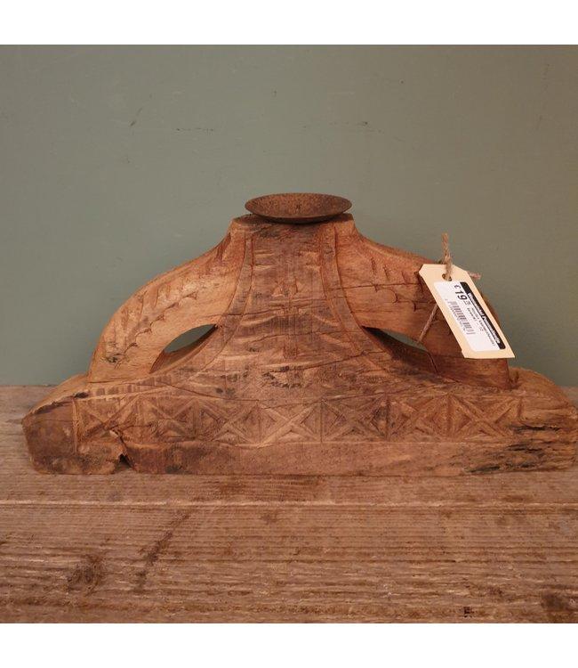 # Houten kaarsenhouder bewerkt - 12 - 37 x 5 x 19 cm