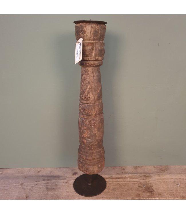# Houten kandelaar op voet - 10 - 12 x 12 x 57 cm