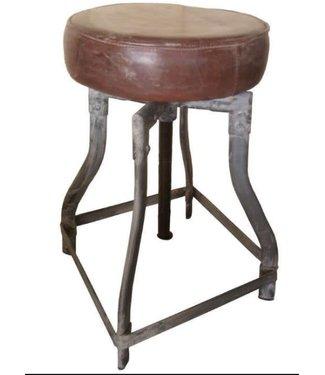 C065 - Iron stool leather seat - 30 cm x 50 cm (70cm uitgedraaid)