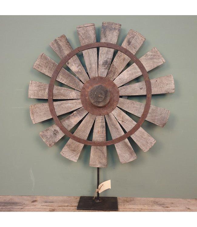 # Spinnewiel - 49 - 54 x 10 x 68 cm - wordt niet verzonden/alleen afhalen