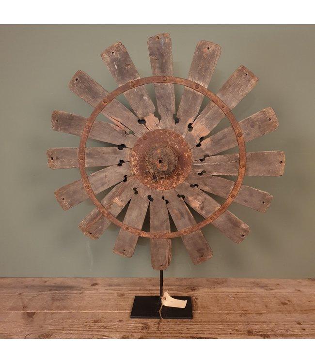 # Spinnewiel - 54 - 57 x 10 x 67 cm - wordt niet verzonden/alleen afhalen