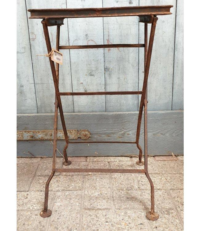 # Metalen krukje - 2 - 38 x 28 x 62 cm