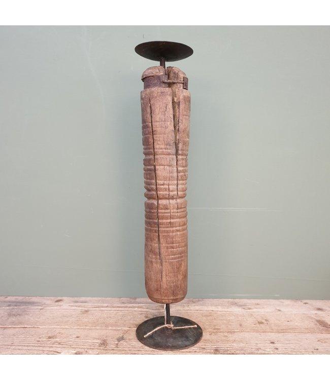 # Houten kandelaar op voet - 5 - 15 x 15 x 62 cm