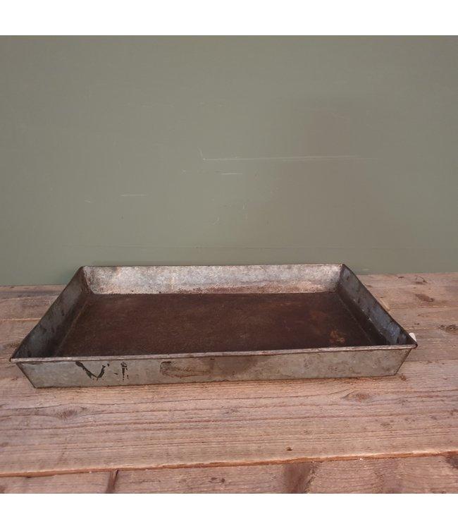 # W398 - iron square tray 53 x 36 x 6,5 cm