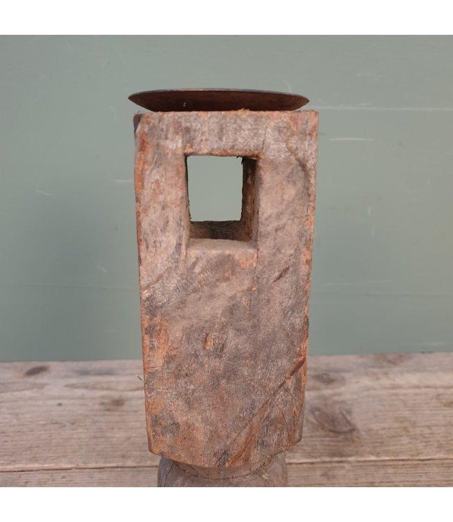 # B171 - houten kandelaar - 10 x 10 x 27 cm