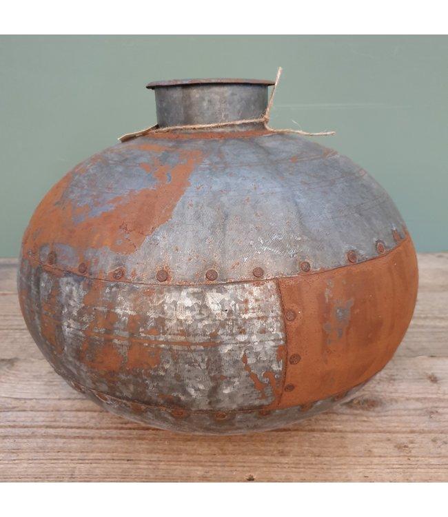 # Nagouri pot old iron -- 4 - 35 x 35 x 28 cm