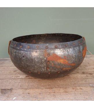 # Old iron bowl - 5 - 35 x 32 x 20 cm
