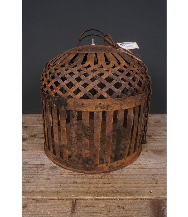 # Metalen kooikap roest - 39 x 39 x 42 cm + ketting 89 cm lang (excl. verlichting)