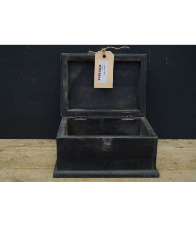 # I690 - Houten kistje - black finish - 20 x 15 x 11 cm