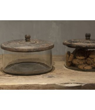# J142 - Stoere koektrommel - glas met houten deksel - 21 x 15 cm per stuk