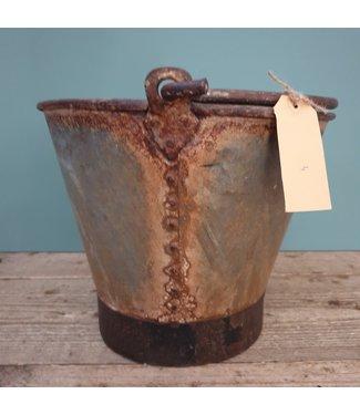 # Old iron bucket - 14 - 32 x 28 x 24 cm