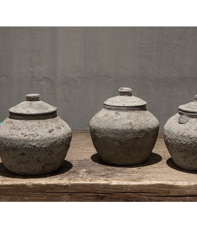 # Nepal potterie - sita - per stuk - 17 x 17 x 18 cm