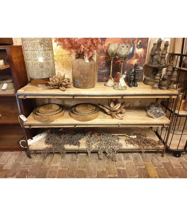 # W525 - cuby dressoir 3 plank