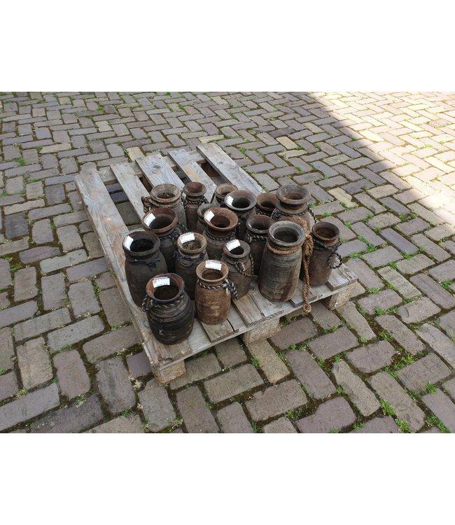 Mix- Nepalese pot - 25 euro - per stuk