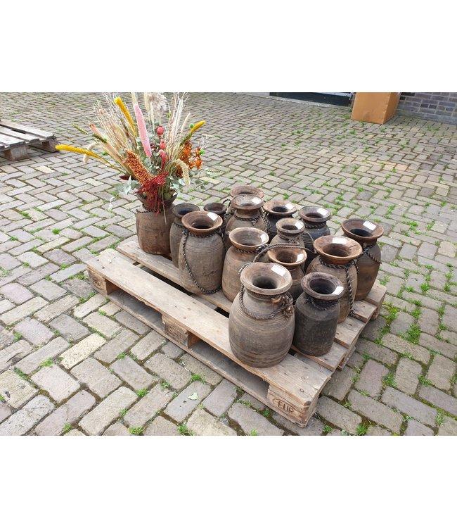 Mix - Nepalese pot - 35 euro per stuk