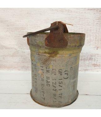 Iron bucket bomb -- 23 - 23 x 22 x 23 cm