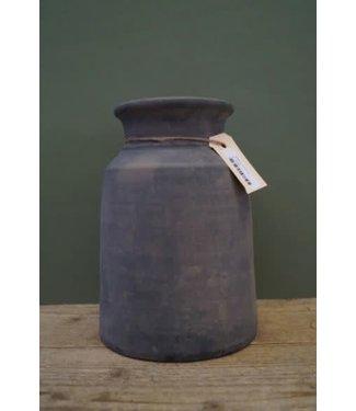 # A117 - Kruik - claypot - (per stuk) - steen - 17 x 17 x 25 cm