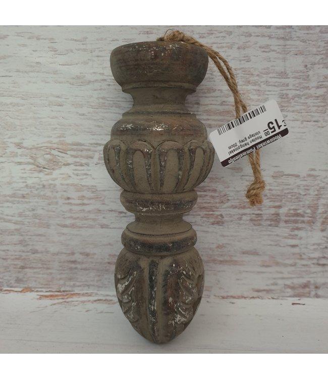 Houten hangpinakel vintage grey. - 8 x 8 x 20cm