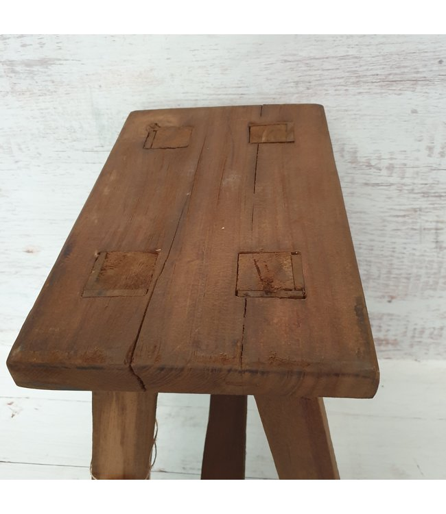 GG - houten krukje - mix - 36 euro - ca. 39 x 30 x 45 cm