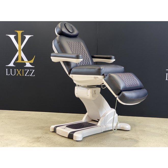 Okura SR4 treatment chair
