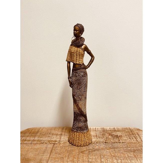 Bali-Dreams Afrikaanse dame Staand.
