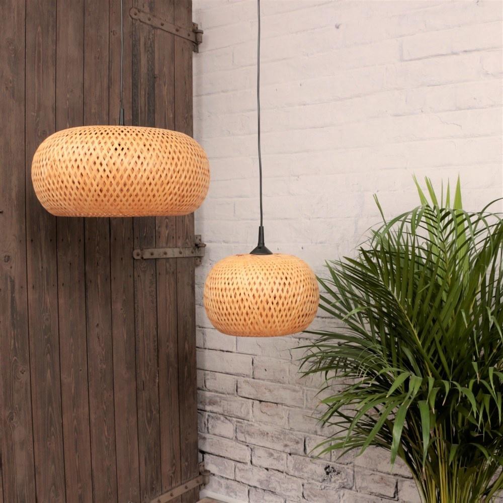Earthware lamp