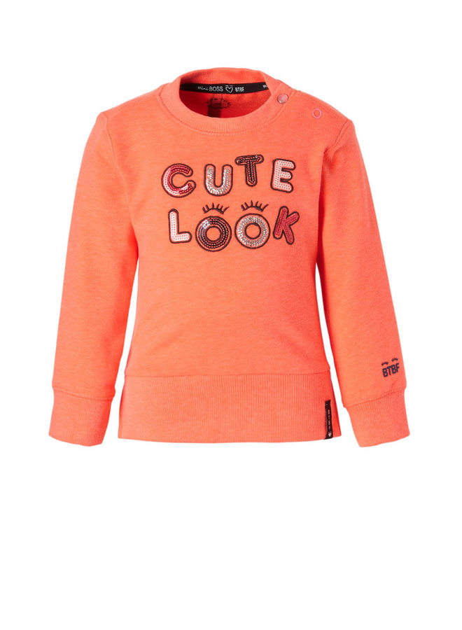 Sweater Cute Look