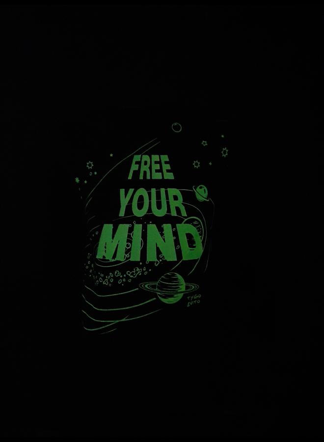 Longsleeve Glow In The Dark - Black