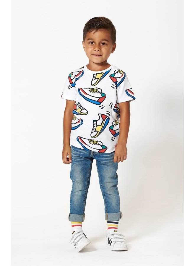 Sturdy - T-shirt AOP Sneakers Wit - Playground