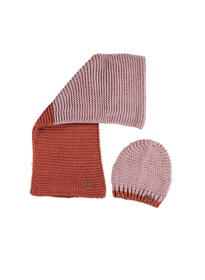 Nobell' - Rai Knitted Set: Scarf And Hat - Winter Lily