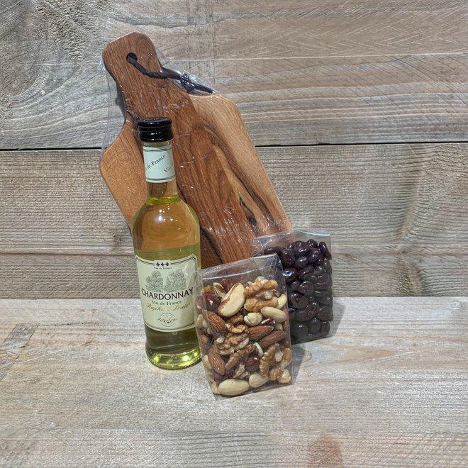 Betuwse Borrelplank (keuze uit wijn/bier of sapje)