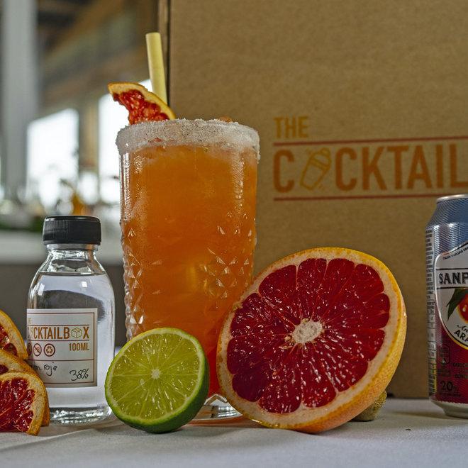 Pornstar Martini & Blood orange paloma (cocktailbox)